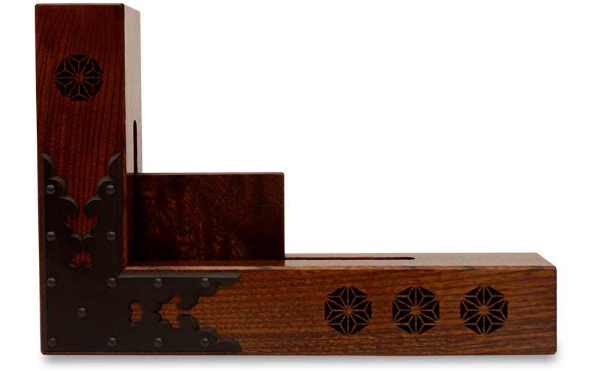 【woodspeaker】木製スピーカー《kicoele-high-endモデル》『麻の葉 飾り金具付き拭き漆仕上げ』
